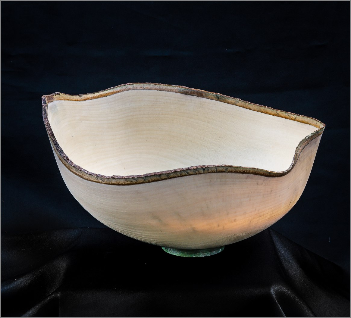 Dennis Hales Holly Bowl Translucent
