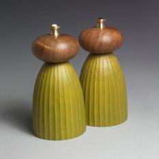 Louise Hibbert Avocado and walnut mills (short)