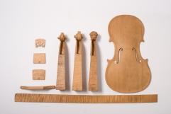 38603 Spruce wood violin construction