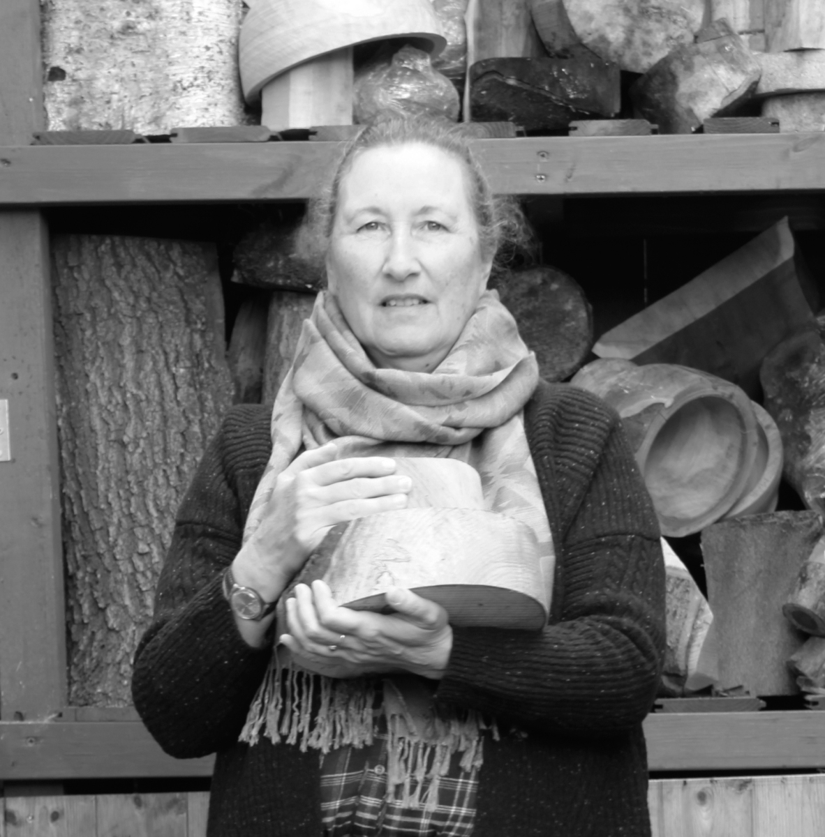 Sally Burnett-log-storebw